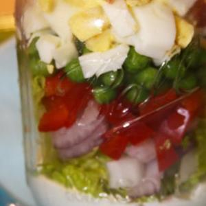 Southern 7 Layer Salad in a Mason Jar