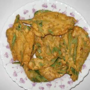 Palak Pakora (Spinach Snack)