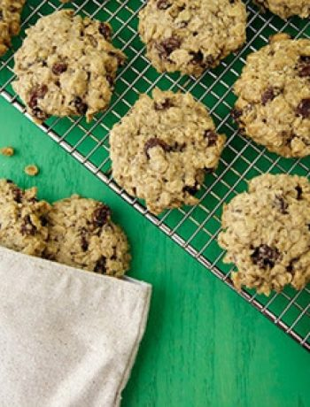 Gluten-Free Vegan Oatmeal Raisin Cookies recipes