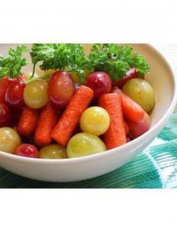 Braised Carrots & Grapes – Perfect Thanksgiving & Christmas Side Dish