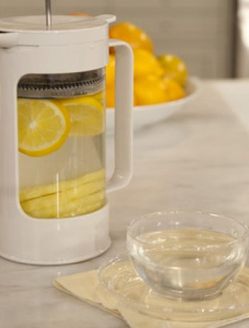 Pineapple and Lemon Infusion Drink