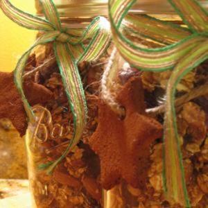 Crunchy Christmas Morning Granola