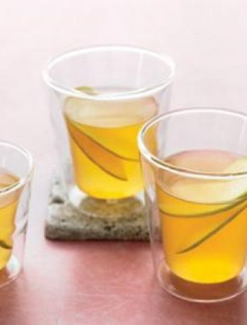 Green Tea Apple Spice Drink