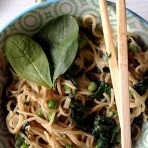 Vegan Spinach Peanut Butter Noodles