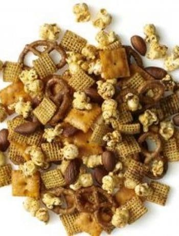 Chili-Garlic Snack Mix
