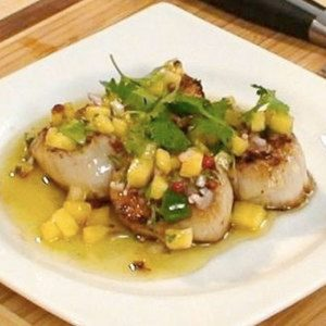 Grilled Diver Scallops with Pineapple Salsa