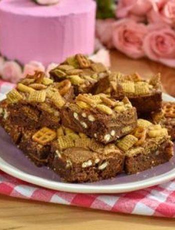 Snack Mix Brownies