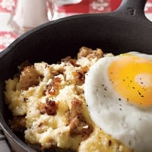 Sausage and Cheddar Grits with Fried Eggs recipes